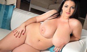 Huge Tits Pics